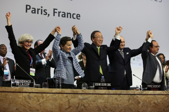 Adoption de l'Accord de Paris-COP21