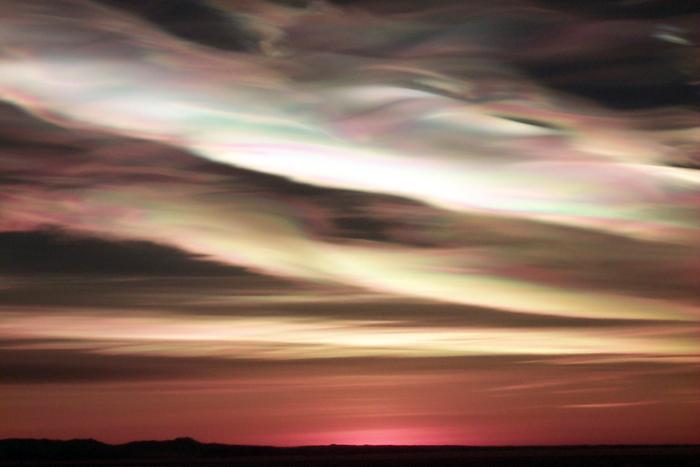 Nuages stratosphériques polaires (crédit photo : Terry Deshler, US Antarctic Sun Program)